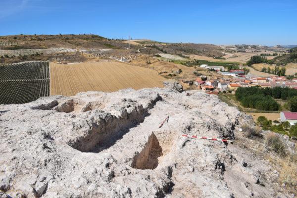 """Nuevos datos sobre la Alta Edad Media de Castilla y León a raíz de las investigaciones desarrolladas en """"El Picacho"""", en las que colabora el miembro del GIR ATAEMHIS, Iñaki Martín Viso"""